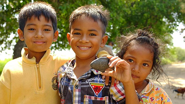 deficiency-anemia-cure-lucky-iron-fish-christopher-charles-cambodia-4