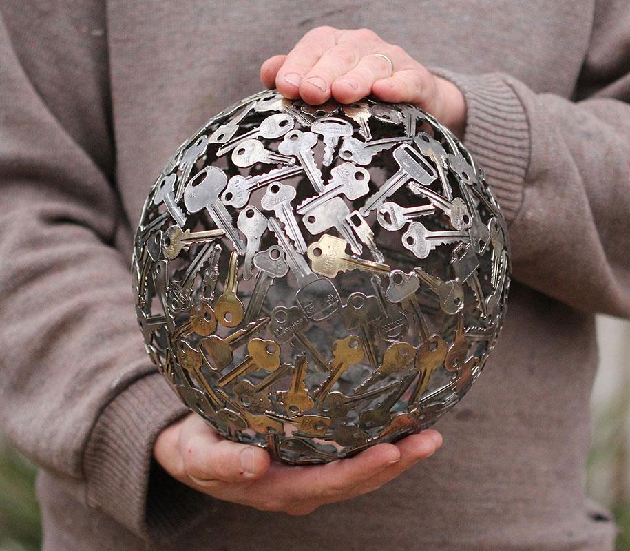 old-discarded-key-coin-sculptures-michael-moerkerk-moerkey-17