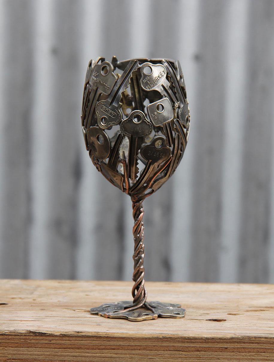 old-discarded-key-coin-sculptures-michael-moerkerk-moerkey-36