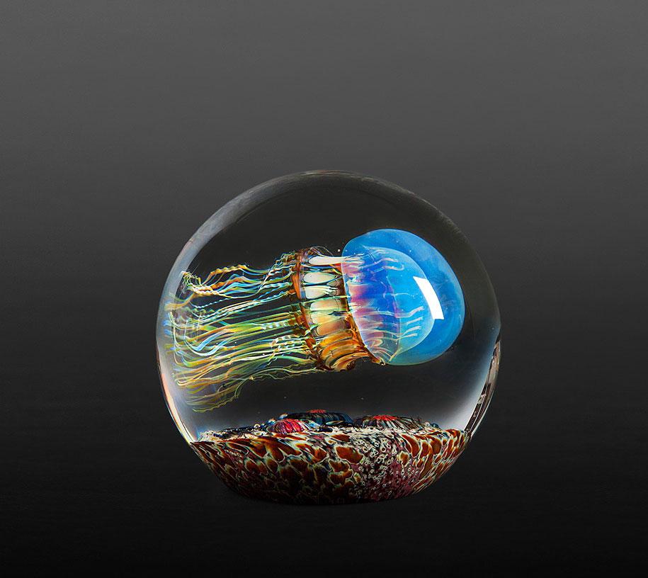 realistic-glass-jellyfish-sculpture-richard-satava-8