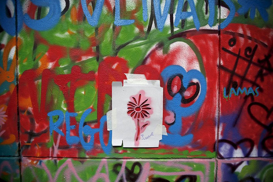 senior-paint-graffiti-street-art-lata-65-wool-lisbon-portugal-2