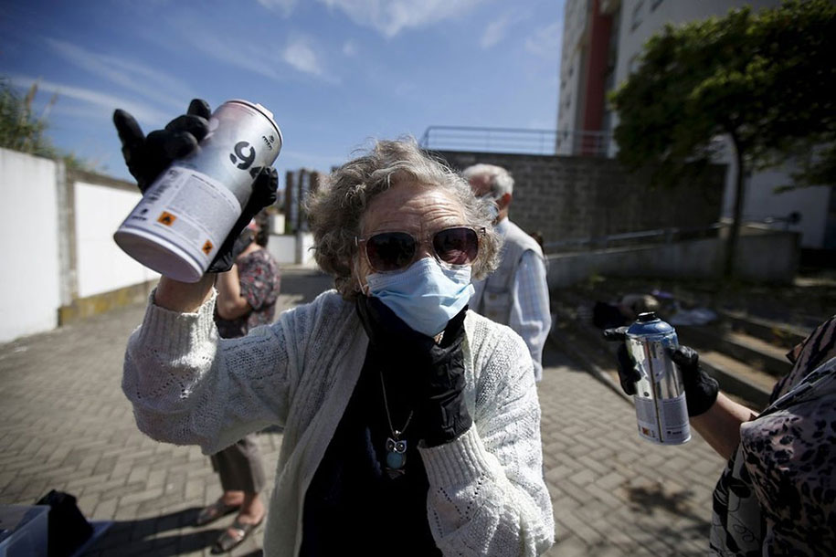 senior-paint-graffiti-street-art-lata-65-wool-lisbon-portugal-6