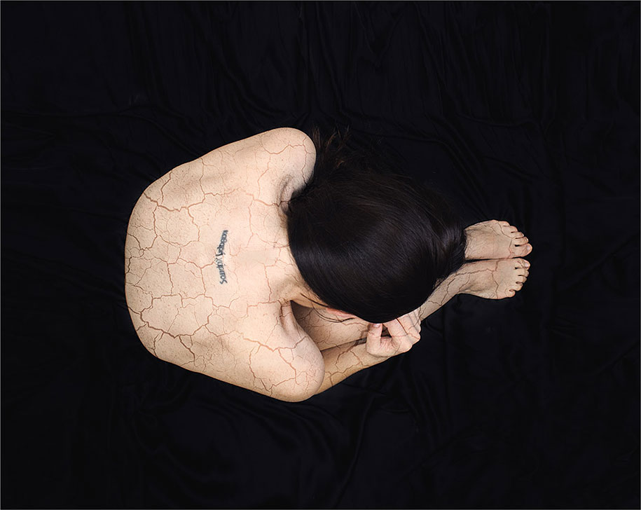 surreal-anxiety-portraits-my-anxious-heart-katie-crawford-10