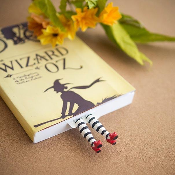 tiny-leg-bookmarks-olena-mysnyk-9999
