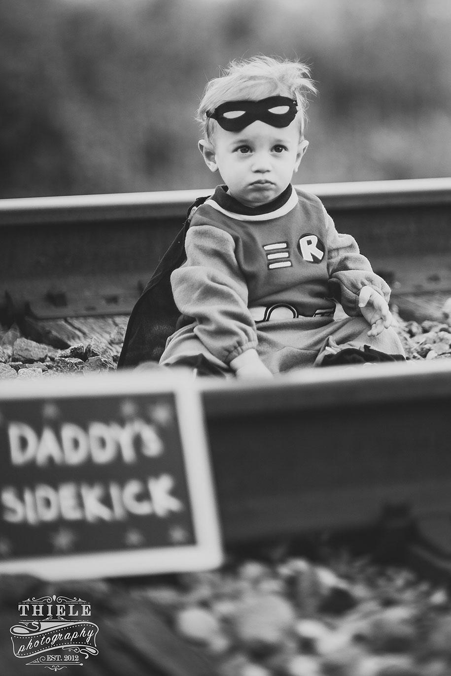 father-son-surprise-batman-robin-photoshoot-eric-thiele-20