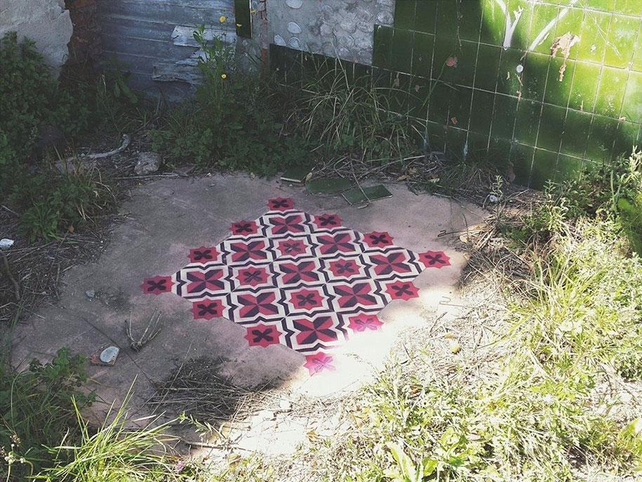 graffiti-spray-paint-tile-pattern-floor-installations-javier-de-riba-11