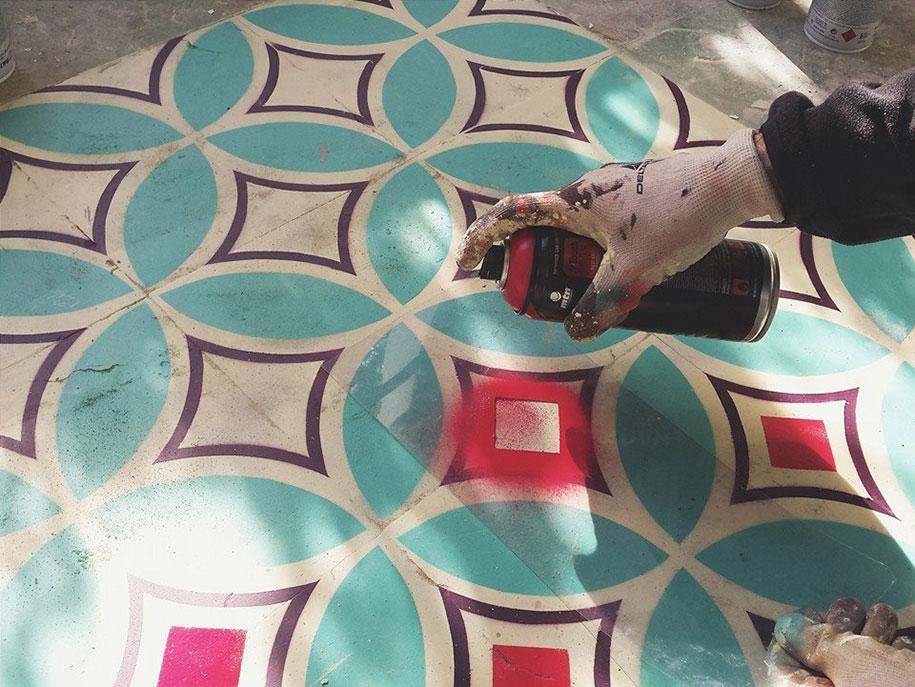 graffiti-spray-paint-tile-pattern-floor-installations-javier-de-riba-3