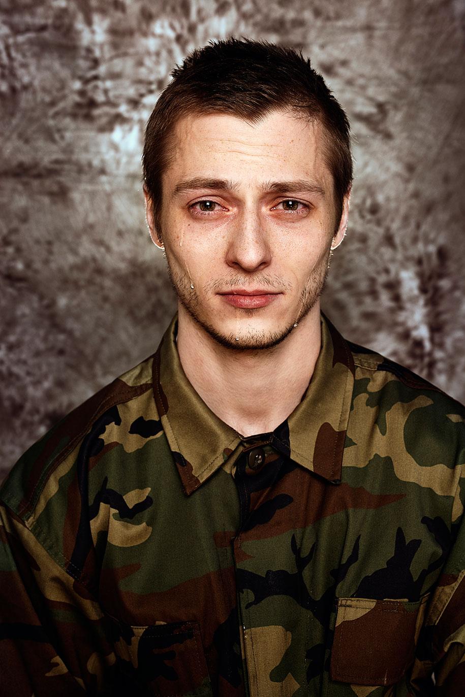 lithuanian-draft-conscription-men-portraits-neringa-rekasiute-beata-tiskevic-hasanova-6
