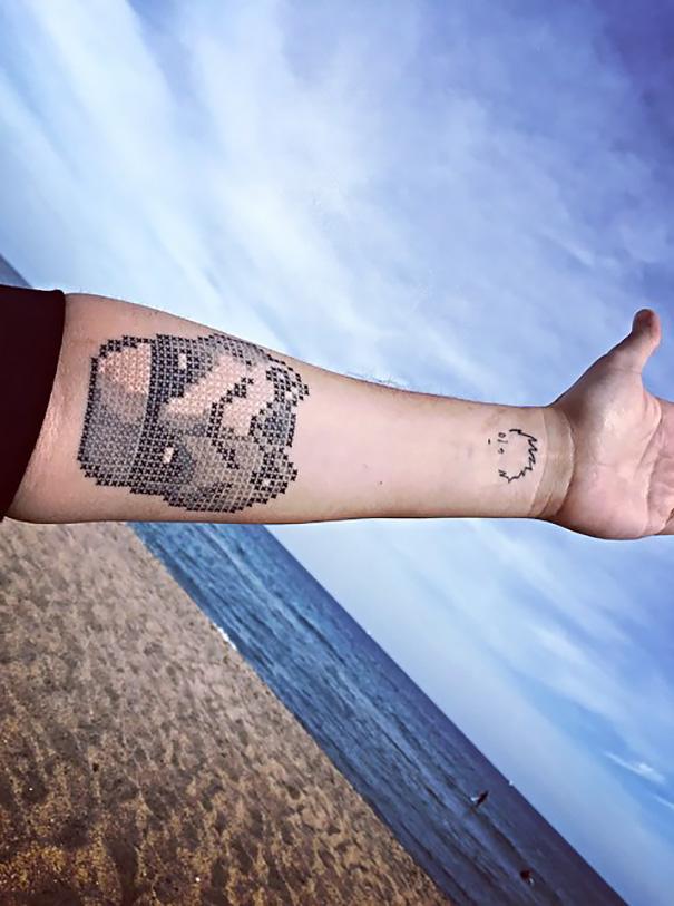 pixel-cross-stitching-tattoos-eva-krbdk-daft-art-turkey-14
