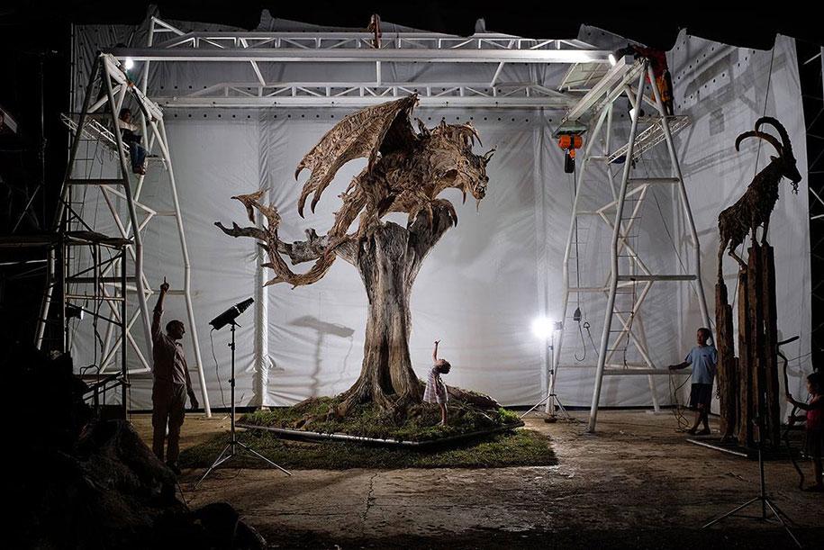 sculptures-driftwood-dragon-wyvern-james-doran-webb-1