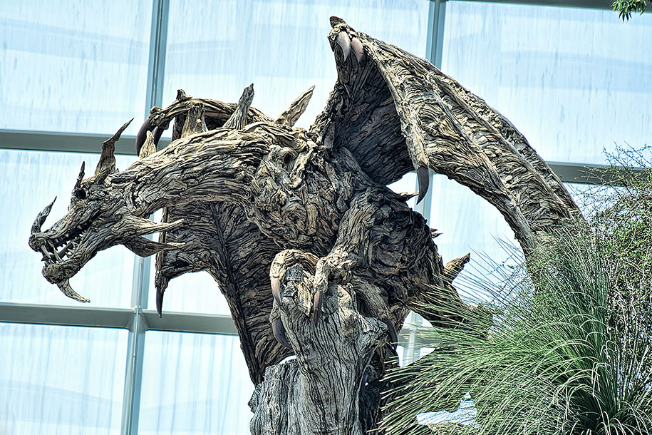 sculptures-driftwood-dragon-wyvern-james-doran-webb-3