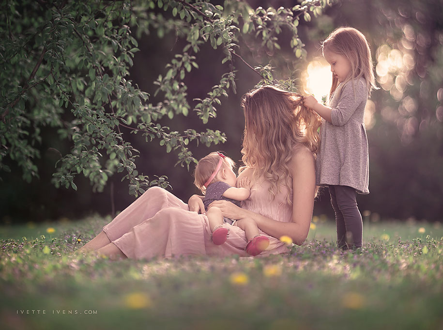 social-issues-family-photography-public-breastfeeding-goddess-ivette-ivens-6