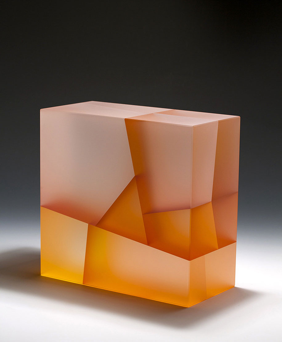 translucent-glass-sculptures-segmentation-jiyong-lee-10