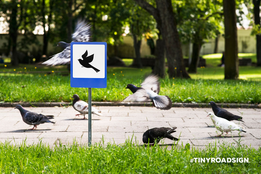 city-animal-crossing-signs-tiny-roadsign-clinic212-6