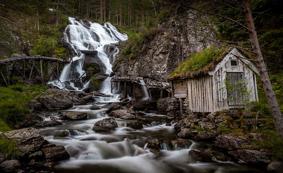 fairytale-photos-nature-architecture-buildings-norway-2