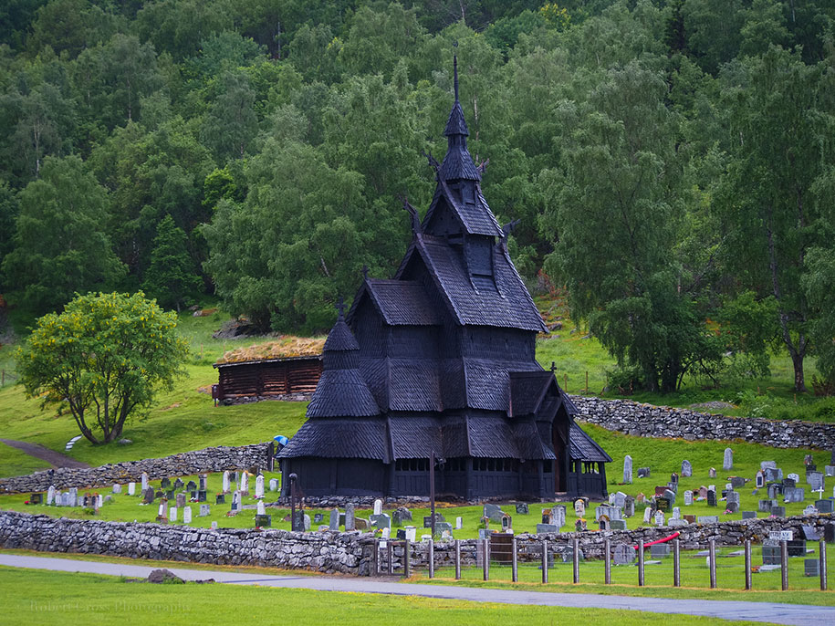 fairytale-photos-nature-architecture-buildings-norway-23