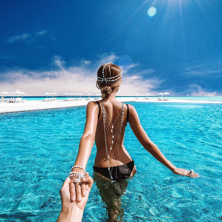 honeymoon-photos-follow-me-to-couple-murad-osmann-natalia-zakharova-1