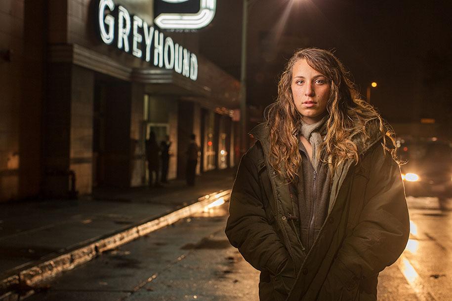 lighting-homeless-portraits-underexposed-aaron-draper-15