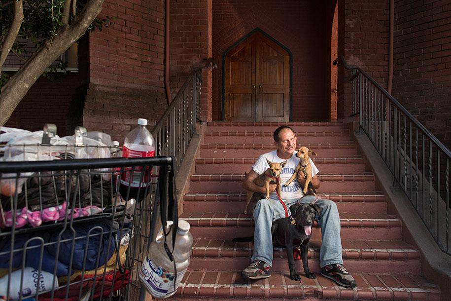 lighting-homeless-portraits-underexposed-aaron-draper-6
