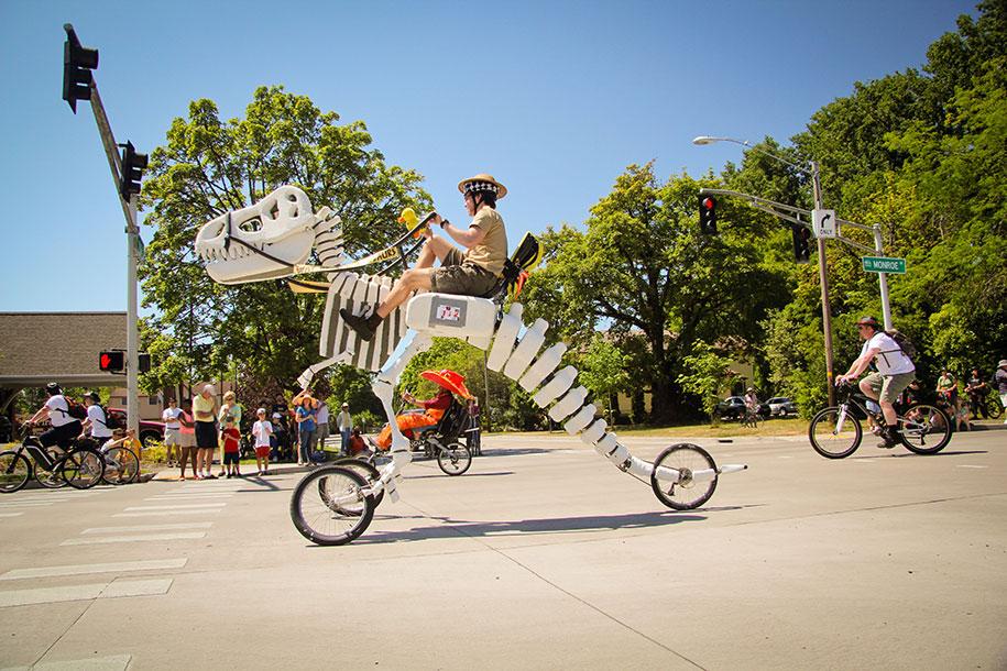 trex-dinosaur-tricycle-bike-sale-sue-willie-hatfield-1