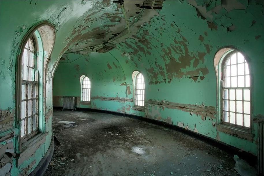 abandoned-mental-hospitals-asylums-jeremy-harris-13