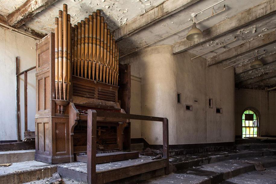 abandoned-mental-hospitals-asylums-jeremy-harris-28