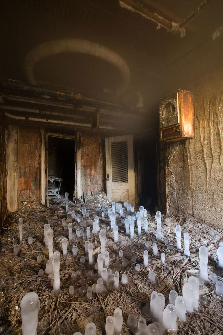 Creepy Photos Of Abandoned Mental Hospitals Demilked