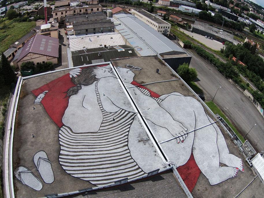 giant-sleeping-rooftop-murals-ella-et-pitr-6