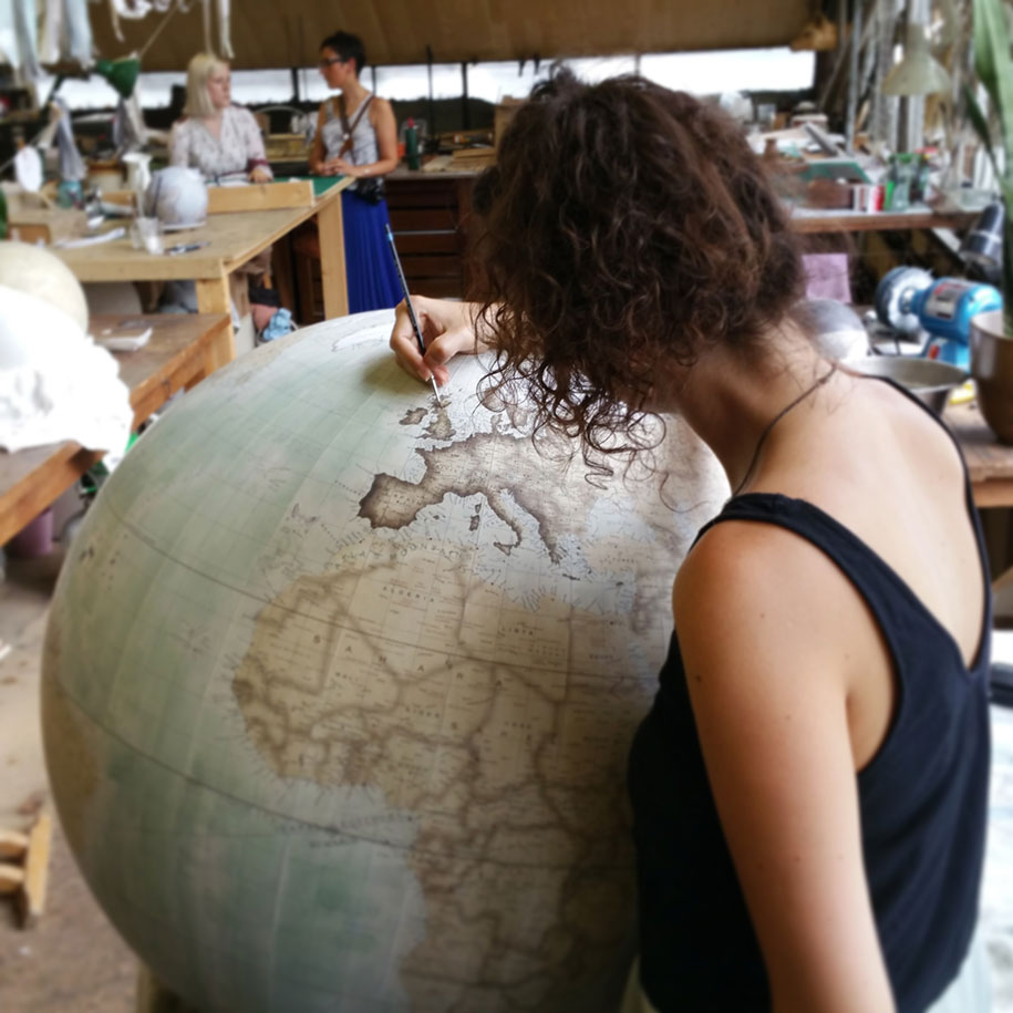 hand-made-classical-globes-peter-bellerby-globemakers-21