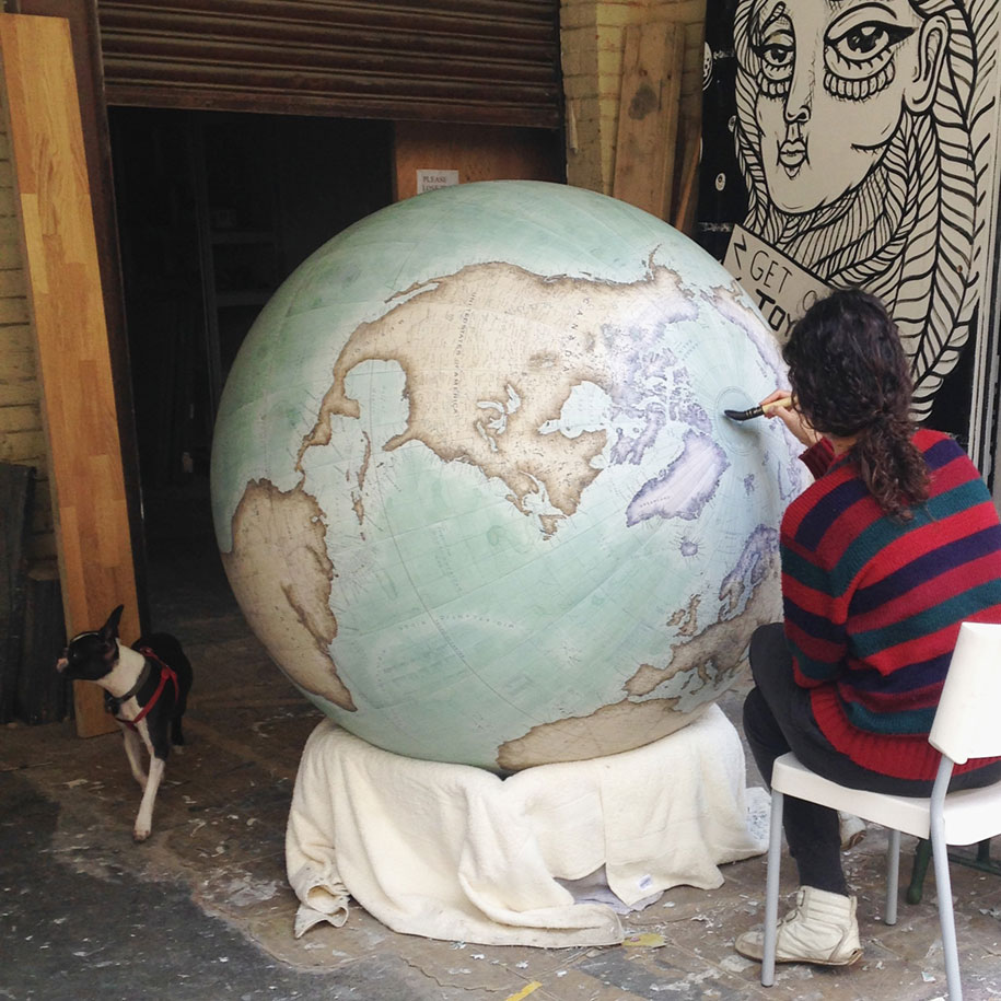 hand-made-classical-globes-peter-bellerby-globemakers-25