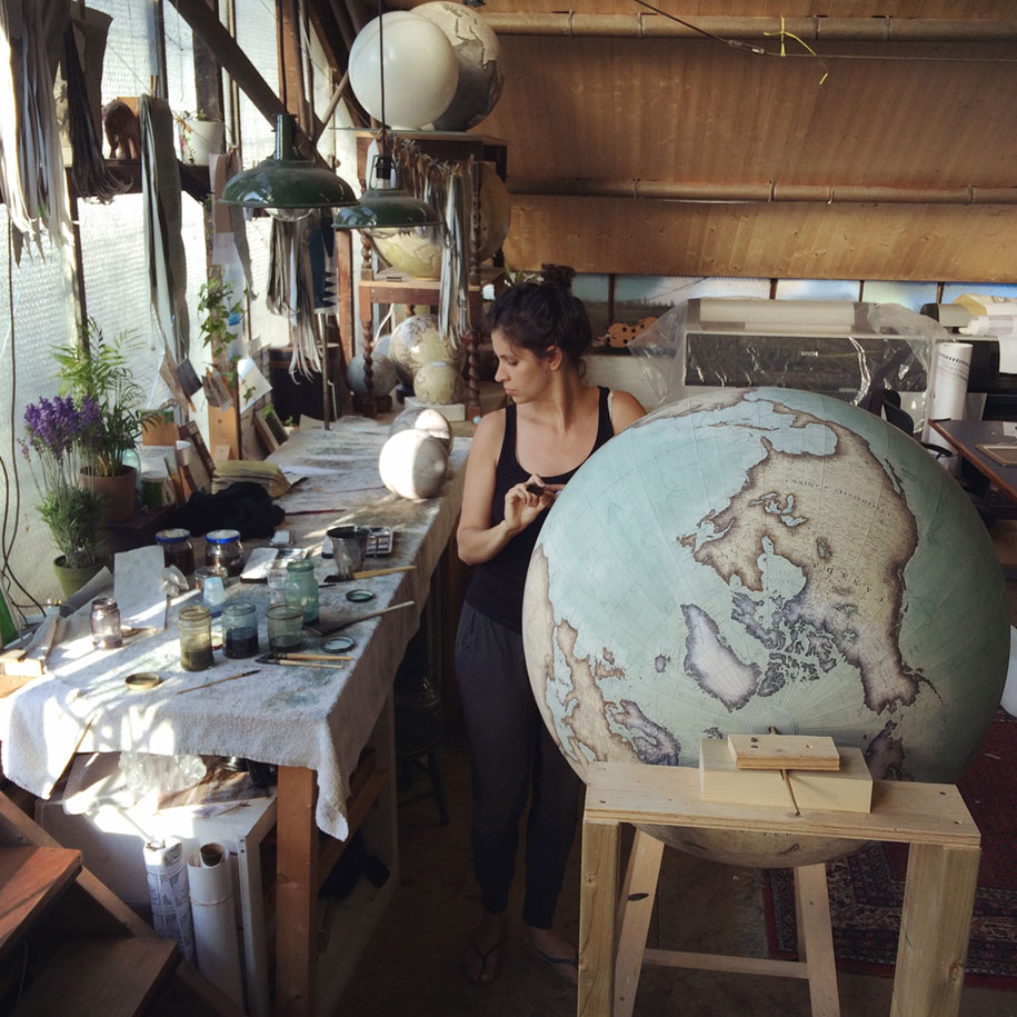 hand-made-classical-globes-peter-bellerby-globemakers-27