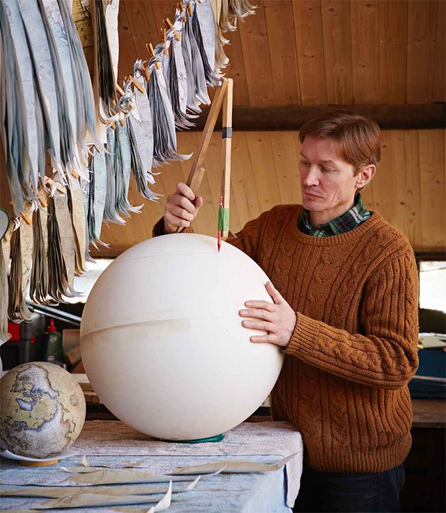 hand-made-classical-globes-peter-bellerby-globemakers-9