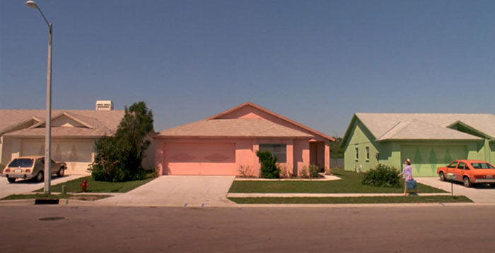 movie-locations-edward-scissorhands-suburb-now-then-pictures-voodrew-3
