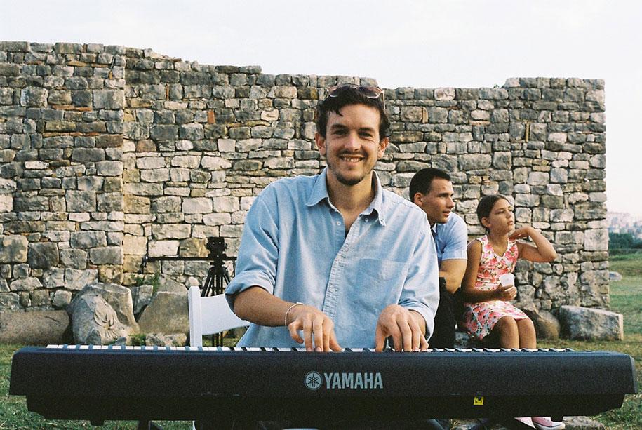 national-geographic-traveler-photo-winner-story-mathias-piano-man-nikola-smernic-6