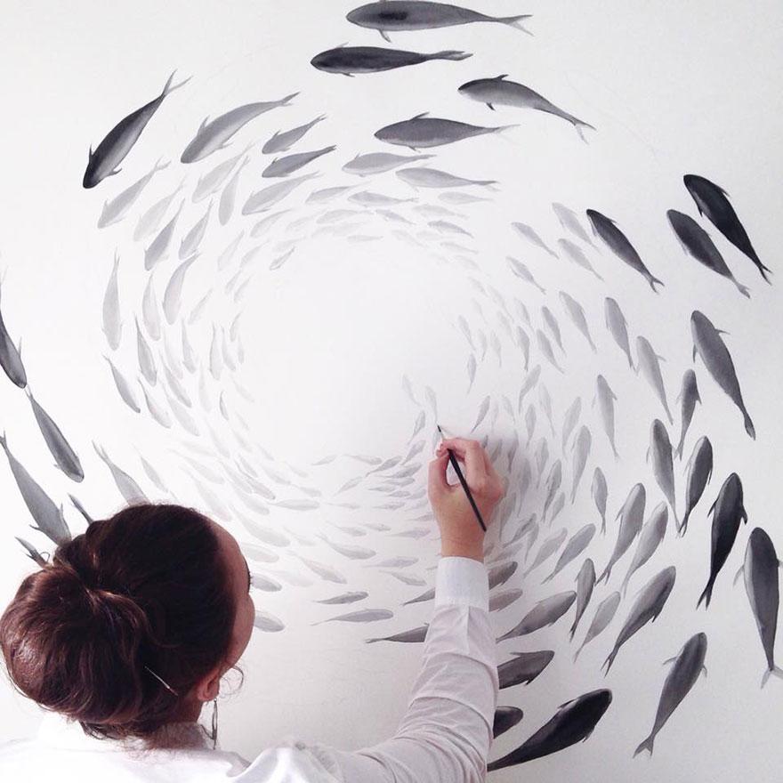 nature-inspired-fish-paintings-porcelain-niharika-hukku-9
