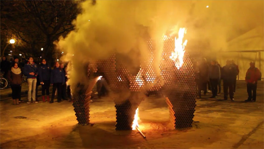 recycled-cardboard-tubes-elephant-dreams-weight-nituniyo-spain-17