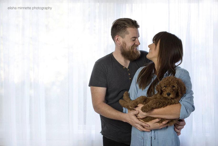 tired-baby-questions-dog-newborn-photoshoot-elisha-minnette-photography-8