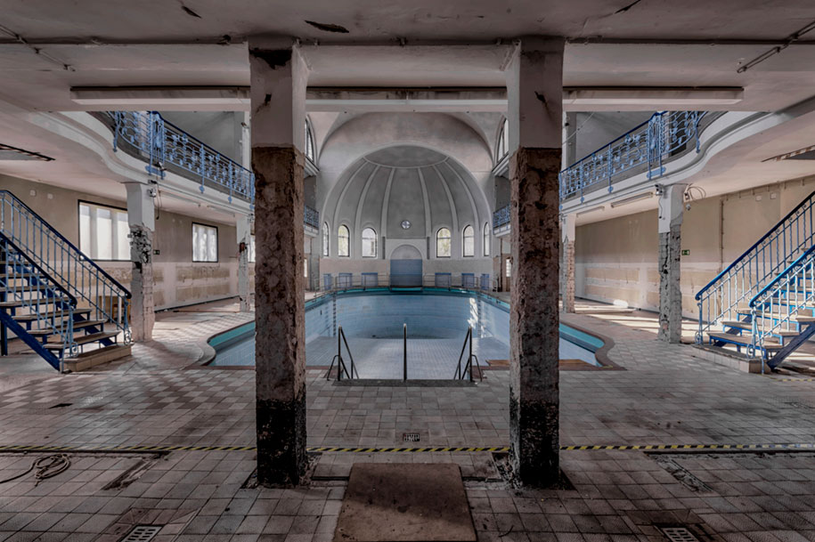 abandoned-decaying-buildings-europe-photography-christian-richter-11