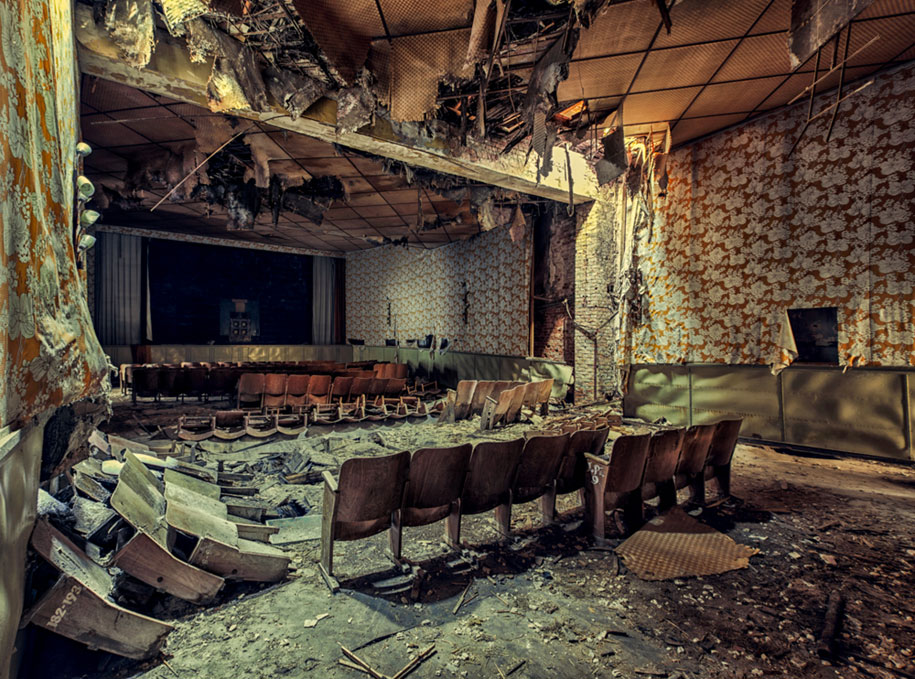abandoned-decaying-buildings-europe-photography-christian-richter-19