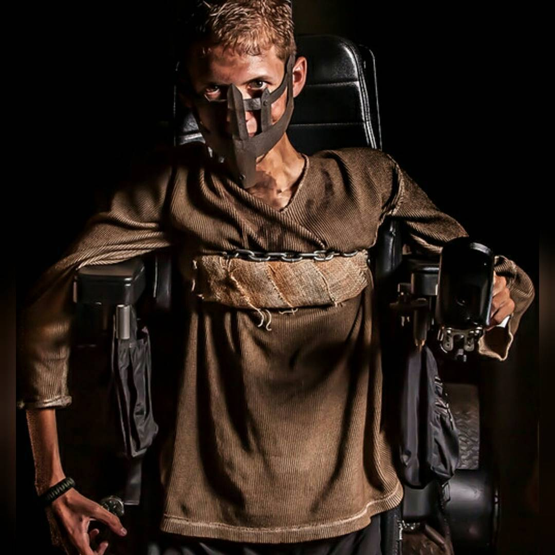 disabled-student-mad-max-fury-road-wheelchair-cosplay-ben-carpenter-3