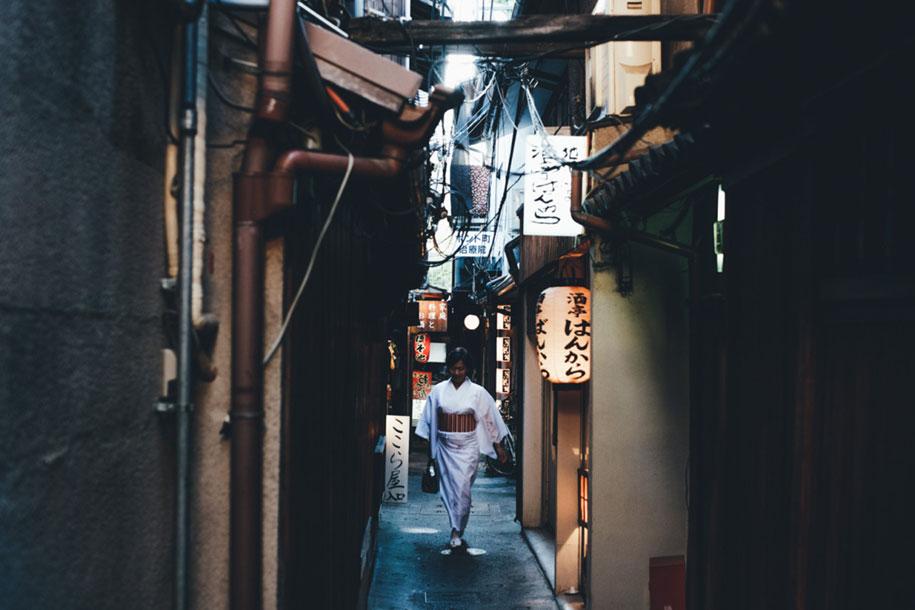 everyday-magic-street-photos-kyoto-takashi-yasui-japan-9