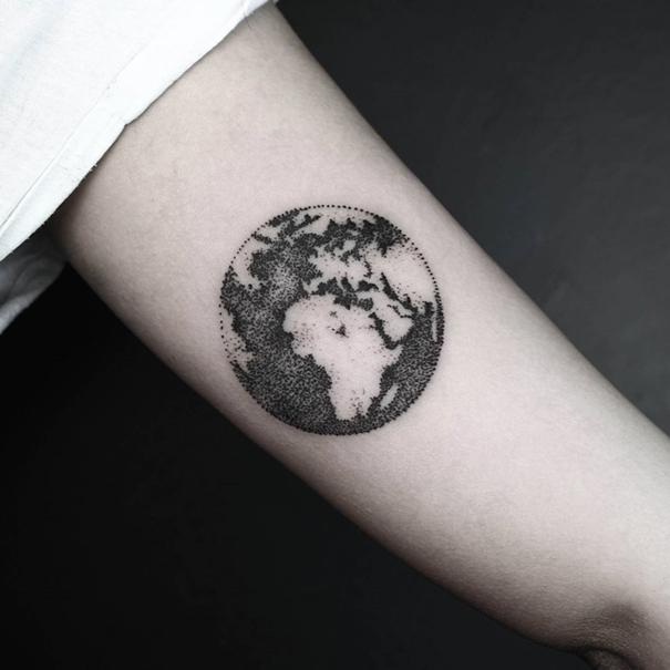 line-dot-black-white-animal-geometric-tattoos-okan-uckun-turkey-24