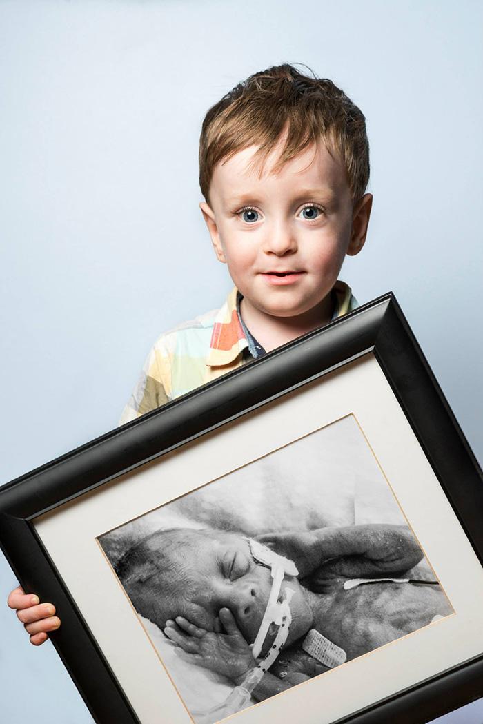 premature-baby-portraits-frame-les-premas-red-methot-6