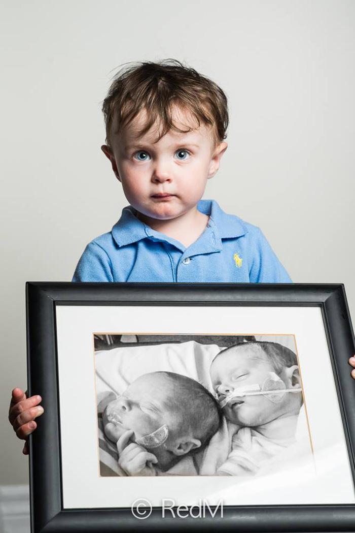 premature-baby-portraits-frame-les-premas-red-methot-8