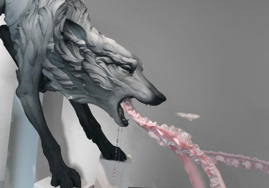 terrible-animal-sculptures-expressing-human-psychology-beth-cavener-stichter-10