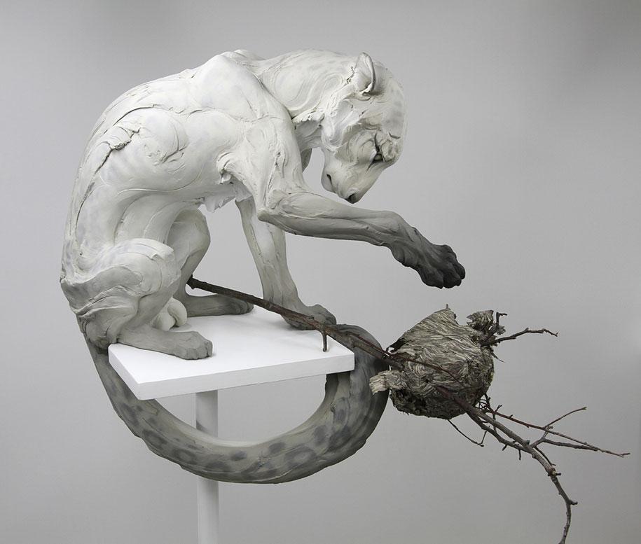 terrible-animal-sculptures-expressing-human-psychology-beth-cavener-stichter-11