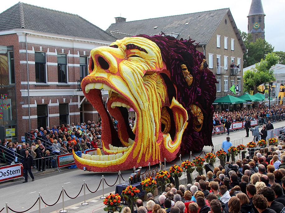 van-gogh-inspired-dahlia-bloom-parade-floads-bloemencorso-zundert-netherlands-3