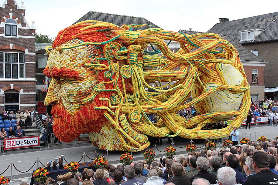 van-gogh-inspired-dahlia-bloom-parade-floads-bloemencorso-zundert-netherlands-6