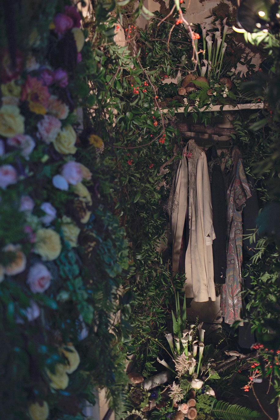 abandoned-house-transformed-flower-house-lisa-waud-heather-saunders-1