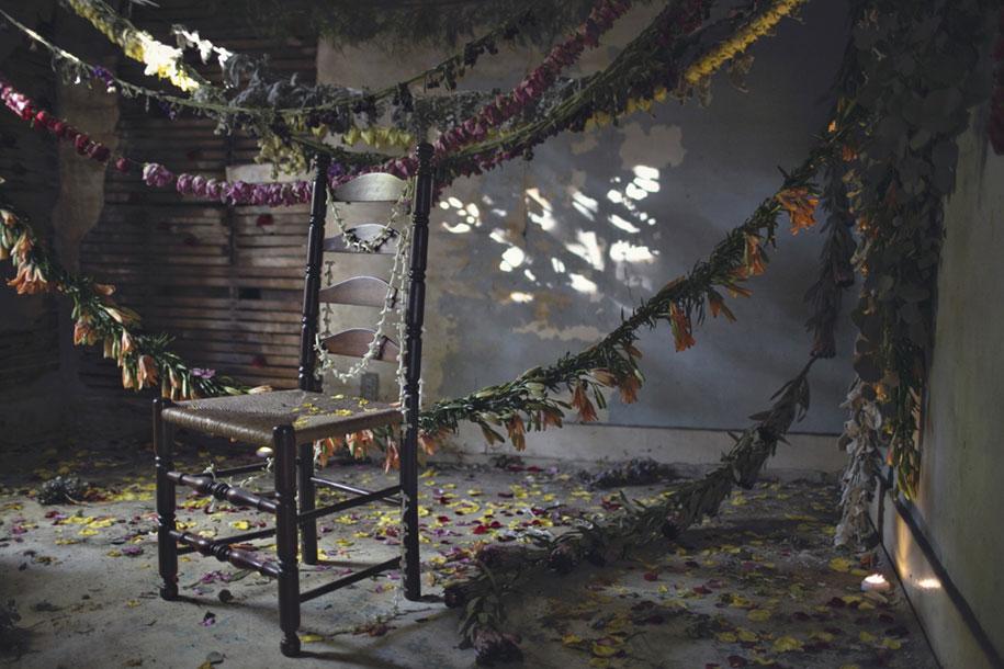abandoned-house-transformed-flower-house-lisa-waud-heather-saunders-6